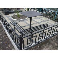 Оградка ритуальная № 023 размер 2,4 х 2,2 х 0,6 м. Производство: Украина, Одесса
