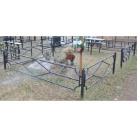 Оградка ритуальная № 053  размер 2,4 х 2,2 х 0,5 м. Производство: Украина, Одесса