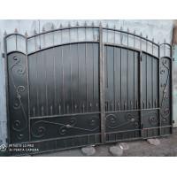 Кованые Ворота металлические с врезанной калиткой, на столбах №24. Производство: Украина, Одесса